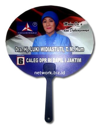 Kipas Kampanye Caleg Demokrat Luki Widiastuti