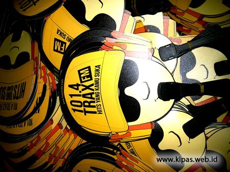 Kipas Promosi Plastik PP Trax FM
